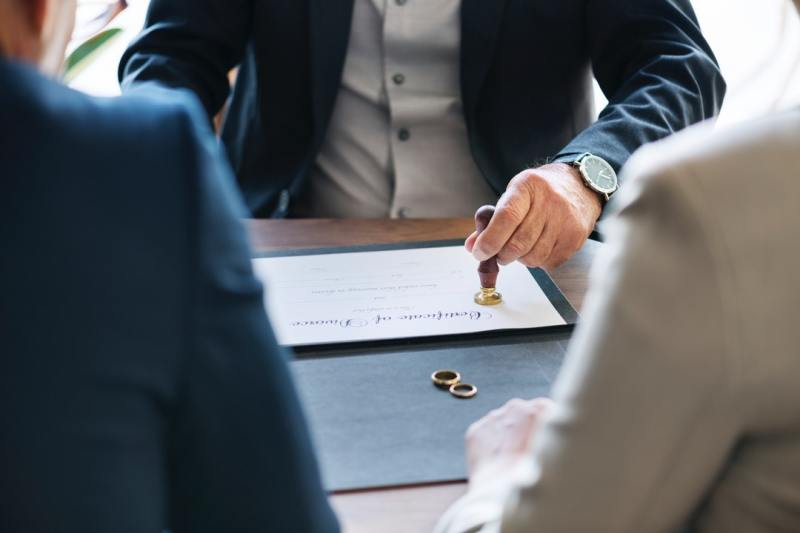 How to Hire Qualified Family and Criminal Law Attorneys